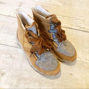 SOREL Women's Kinetic Caribou waterproof boot | 7